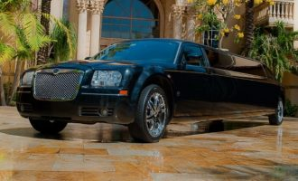 8 Person Chrysler 300 Limo Service Washington Dc