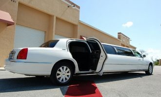 8 Person Lincoln Stretch Limo Washington Dc